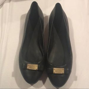 NEW Marc Jacobs black flats size 9.5 with gold bow